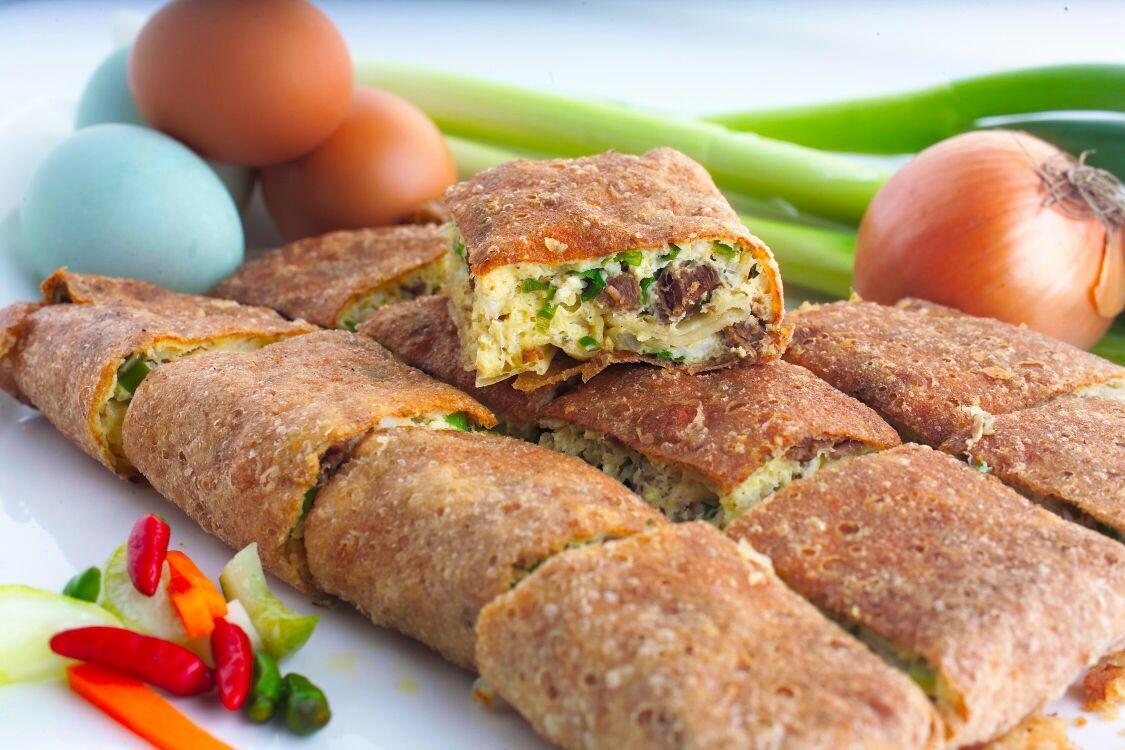 Hasil gambar untuk martabak telur isi daging giling